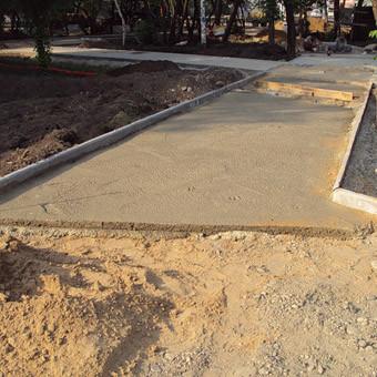 Укладка на готовое основание с засыпкой песка
